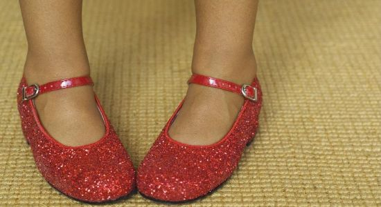 1244123186_red-shoes